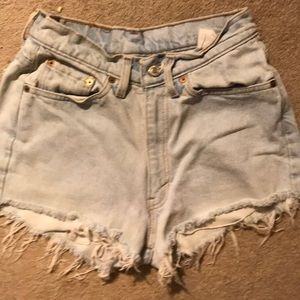 Levi high waisted light wash shorts